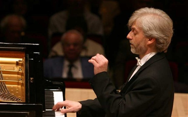 Krystian Zimerman broke off a concert recently to berate a filming audience member