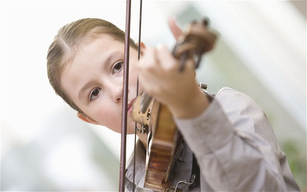 Childhood music lessons improve hearing in adults